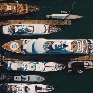 Заказ яхт на море
